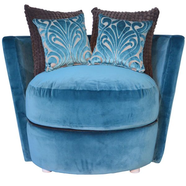 Juno Love Seat