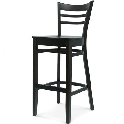 Newark UPH Seat High Chair