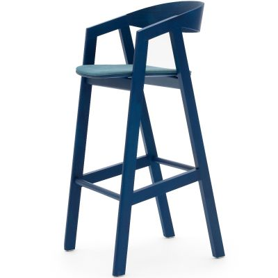 Simple UPH High Chair